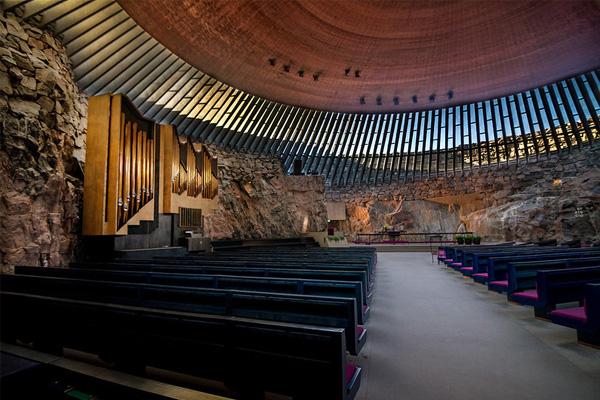 Церковь Темппелиаукио в Хельсинки
